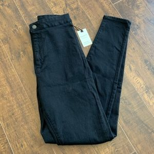 NWT Forever 21 high rise super skinny size 30